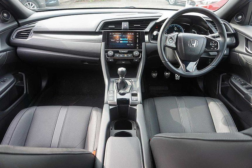 Honda Civic 1.0 VTEC TURBO EX 5-Door